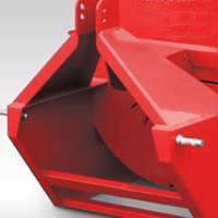 Photo of the hitch on the chipper. Easily conects to any tractor